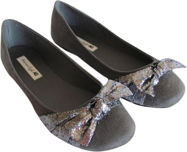 Item - Gray New M Excellent Condition Flats Size US 9 Regular (M, B)
