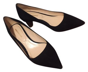Nicholas Kirkwood Pump Suede Gold Hardware Black Pumps