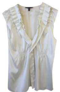 BCBGMAXAZRIA Office Ruffle White Top Gardenia
