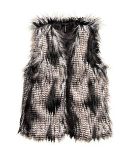H&M Fur Pockets Fox Winter Vest