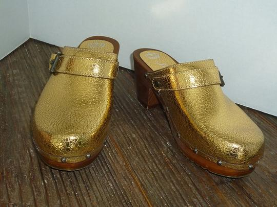 Juicy Couture Swedish Gold Sandals