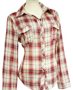 In Style Fashion Button Button Down Shirt
