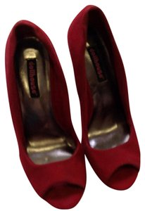 Dollhouse red Wedges