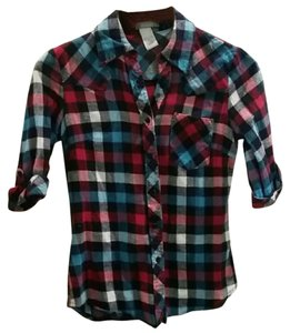 dELiA*s Flannel Plaid Comfortable Soft Vintage Button Down Shirt
