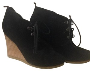 Express Black Wedges