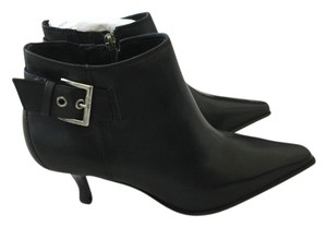 Donald J. Pliner J. Loni Leather Black Boots