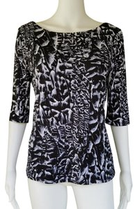 Carmen Marc Valvo Slinky & White 3/4 Sleeves Top Black