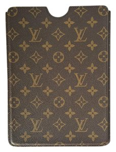 Louis Vuitton LOUIS VUITTON MONOGRAM IPAD AIR HARD CASE