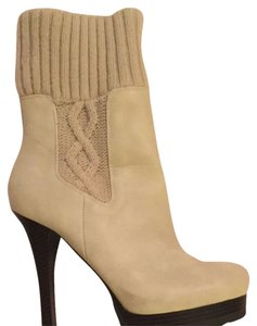 Jennifer Lopez Cream Boots