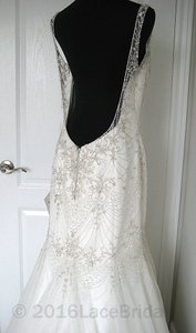Essense Of Australia D1686 Wedding Dress