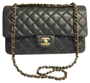 Chanel Classic Flap Ml M/l Flap Shoulder Bag