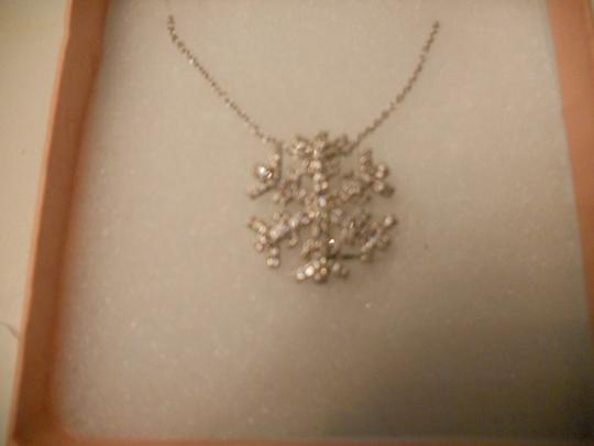 Bella & Chole Jewelry Sterling Silver 18 inch Necklace with a 1 inch Sterling & Marqusite Snowflake Pendant. Very Sparkly on!