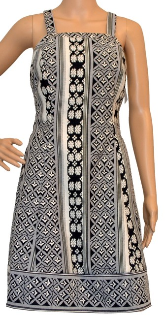Preload https://item5.tradesy.com/images/plenty-by-tracy-reese-black-white-above-knee-workoffice-dress-size-4-s-1991294-0-0.jpg?width=400&height=650