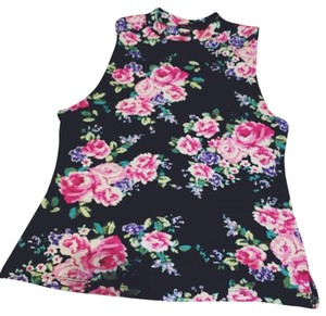 Top Black with floral print