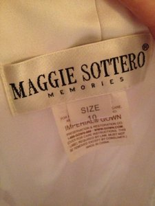 Maggie Sottero White Satin J1308 Wedding Dress Size 10 (M)