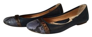 Brn Navy, bronze and purple Flats