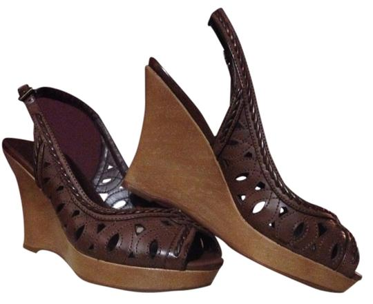 Preload https://item4.tradesy.com/images/style-and-co-brown-fiona-wedges-size-us-55-regular-m-b-1991378-0-0.jpg?width=440&height=440