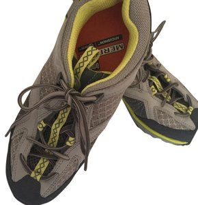 Merrell Multi grey color with neon mustard color. Athletic