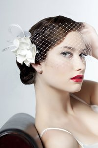 Sara Gabriel Veiling & Headpieces Sue Siren Veil With Flower