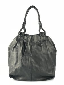 23a3853eed1e Prada Black Leather Bags - Up to 70% off at Tradesy