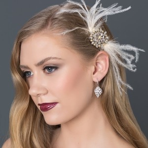 Feather Bridal Comb With Brooch Center