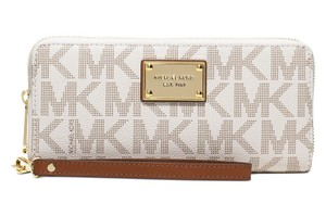 Michael Kors Jet Set Travel Signature MK Logo Continental Wallet 32T5GTTE9B