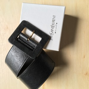 Ysl belt in original box Carree