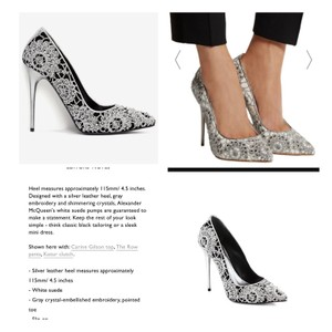 Alexander McQueen Black with sylver crochet and crystals Pumps