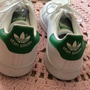 Adidas stan smith mens 8 (womens 9) White and green Athletic