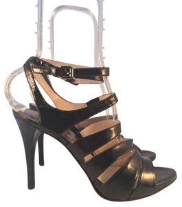 MICHAEL Michael Kors Sandal Strappy Black Sandals