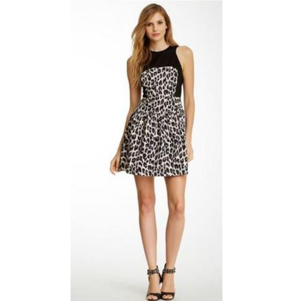 French Connection Silver Combo Winter Simba Sleeveless Flare Short Cocktail Dress Size 0 (XS) 64% off retail