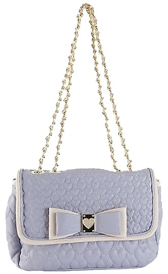 Preload https://item1.tradesy.com/images/betsey-johnson-be-my-honey-buns-flapover-satchel-bag-periwinkle-purple-shoulder-bag-1991725-0-0.jpg?width=440&height=440