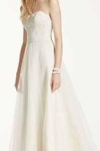 3f4524a5f1c34 David's Bridal Ivory and Champagne Beaded Lace Tulle Style #wg3586  Traditional Wedding Dress Size 4