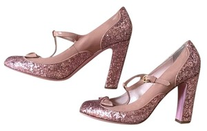 RED Valentino pink and nude Pumps