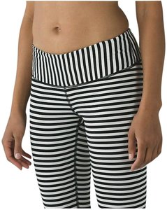 Lululemon NWT RARE Lululemon Wunder Under Pant ANGEL WING Black White Stripes 2