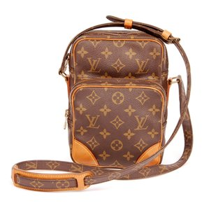 Louis Vuitton Monogram Canvas Leather Cross Body Bag