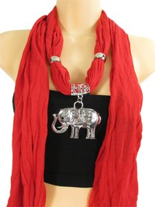 Elegant Necklace White / Red Scarf Elephant Antique Silver Big Pendant
