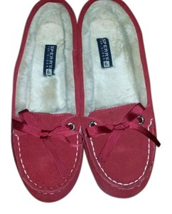 Sperry Fuzzy Red Flats