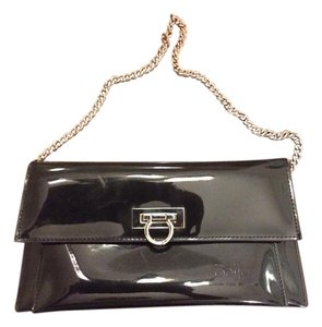 Beijo Black Clutch