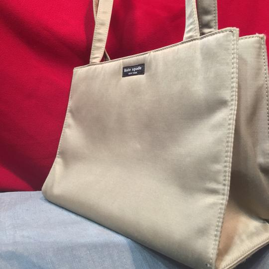 Kate Spade Tote in Light Gray Image 2
