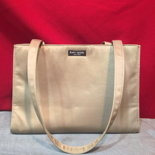 Kate Spade Tote in Light Gray Image 6