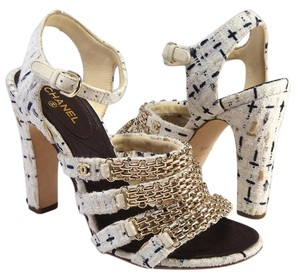 Chanel Tweed Tweed Chain Chain 38.5 off white Sandals