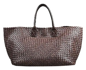 Bottega Veneta Intrecciato Leather Woven Top Handle Cabat Tote in Brown