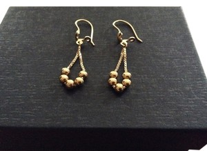 Other 18k gold earrings
