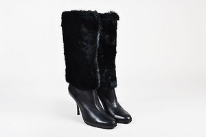 Gucci Pebbled Leather Black Boots