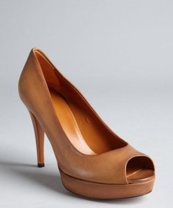 Gucci Leather Leather Cognac Pumps