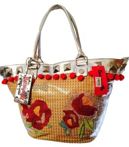 Betsey Johnson Tote in Multi color Floral