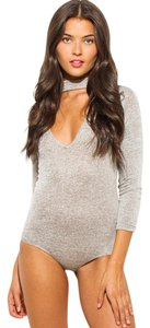 Trendi Apparels Body Suit Choker Sexy V-neck Top Oatmeal Gray