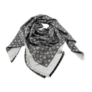 Louis Vuitton Brand New Louis Vuitton Black Monogram Denim Shawl & Wrap M71378
