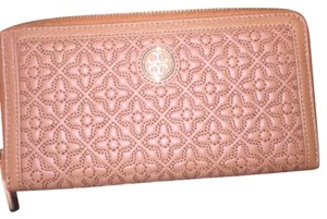 Tory Burch New with tags Tory Burch Bryant zip continental wallet